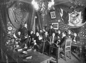 Semesterbild im Vereinslokal 1898